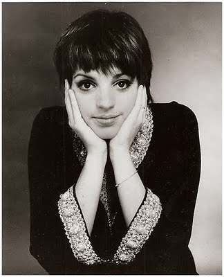 Pretty cool Hairstyles for women: The Pixie Cut