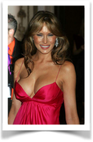 Trump and Women behind Him 09